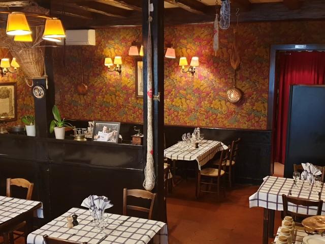 Auberge Pyrénées Cévennes Grande Salle et Petit Salon